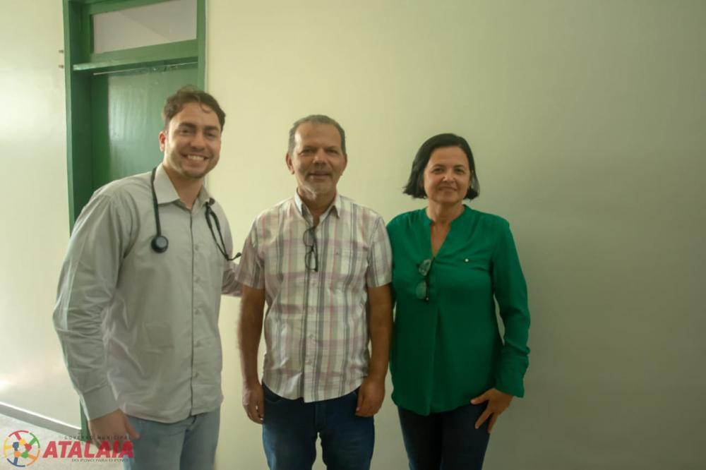 Prefeito visita o Hospital João Lyra Filho para conferir as melhorias em sua estrutura