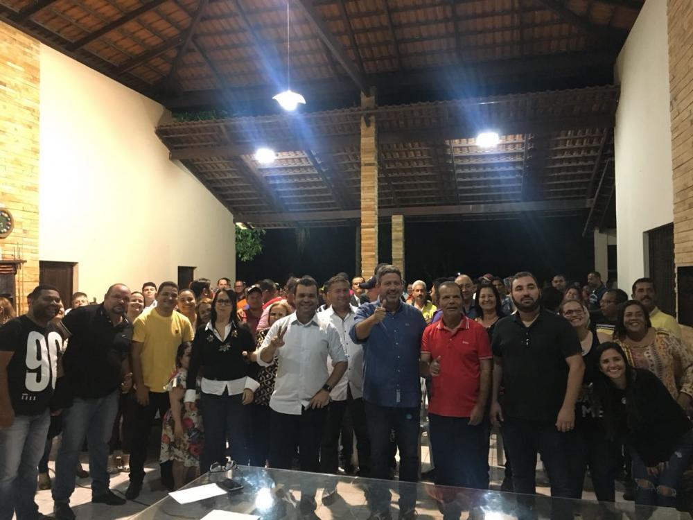 Prefeito e lideranças se reúnem para reafirmar apoio a Arthur Lira e Benedito de Lira em Atalaia