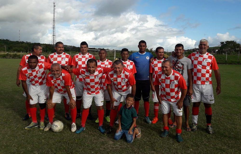 Equipe do Branca de Atalaia, atual campeã da competição.