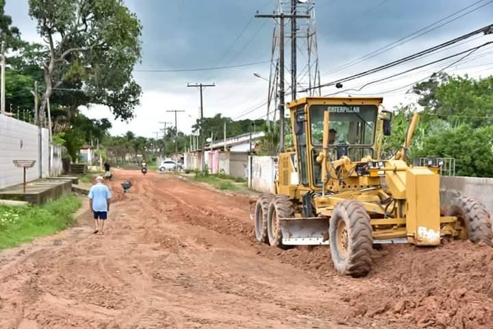 Máquinas estão realizando o trabalho nesta localidade.