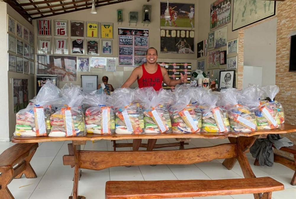 Cestas básicas vão ser doadas às famílias vítimas da enchente em Santana do Ipanema.