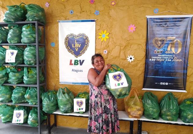 Você ajuda a LBV chegar as famílias que mais precisam.