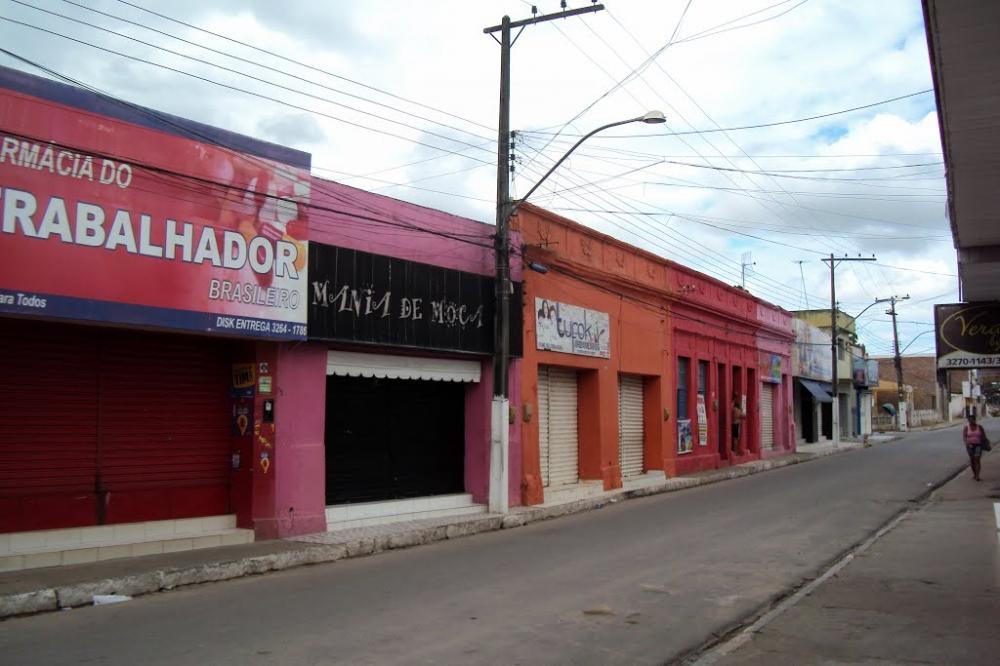 Vereador Fabricio Torres pede flexibilização de decreto para a reabertura do comércio de Atalaia