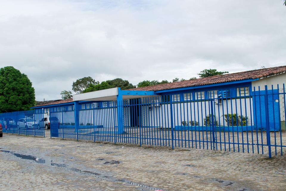 Caso suspeito de Covid-19 é atendido no Hospital João Lyra Filho.