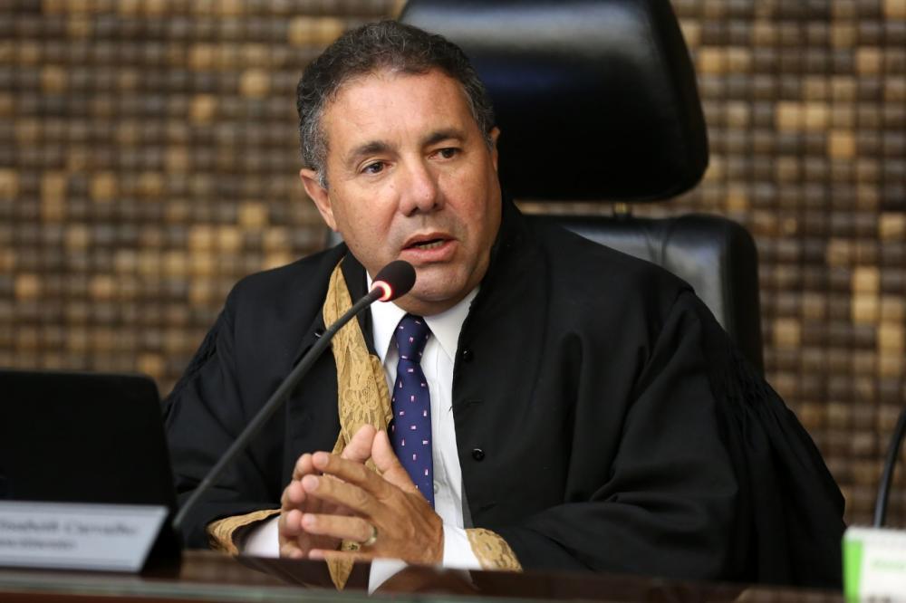Procurador-geral de Justiça Márcio Roberto Tenório de Albuquerque.