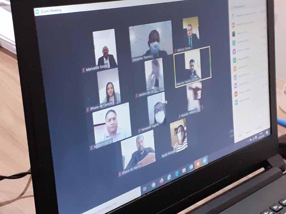 Câmara Municipal de Atalaia realiza primeira sessão virtual de sua história