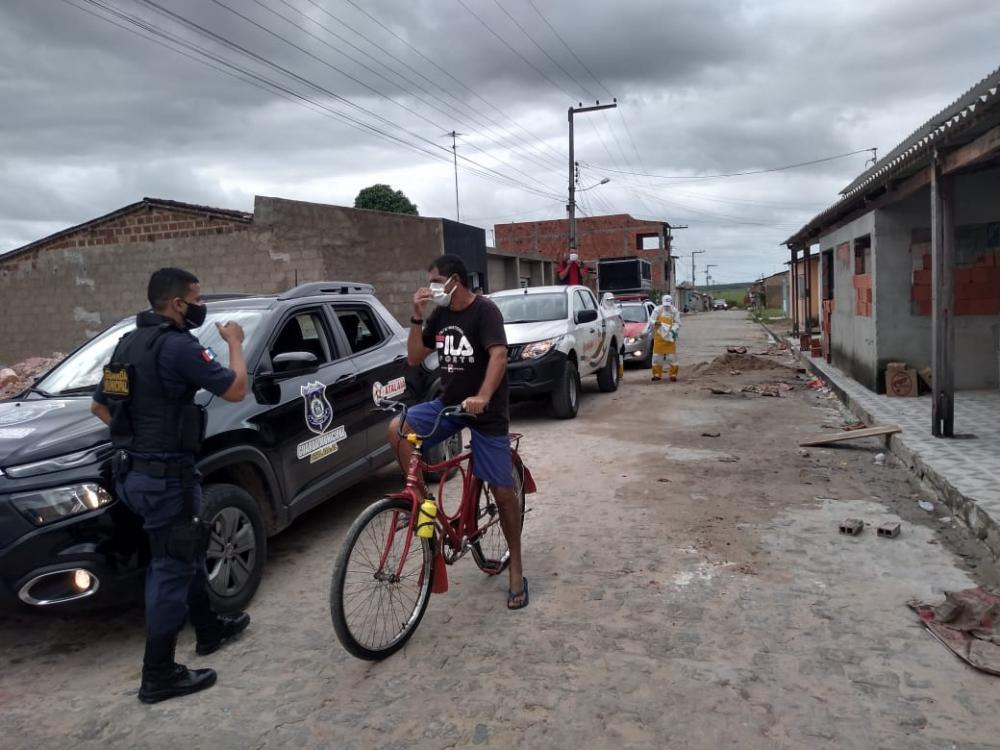 Comitê de Enfrentamento e Combate a Covid-19 faz rondas no Povoado Olhos D'água e Distrito Santo Antônio
