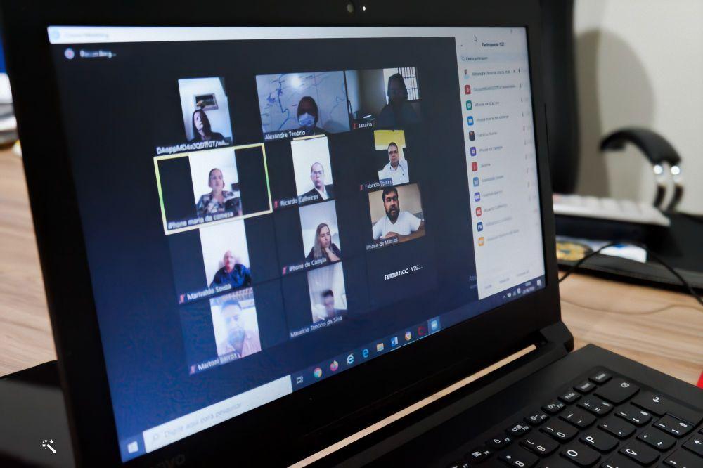 Câmara de Atalaia realiza duas sessões extraordinária de forma virtual.