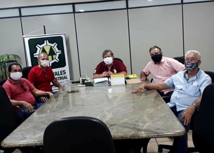 Prefeito Chico Vigário faz visita de cortesia a diretores da Copervales Agroindustrial
