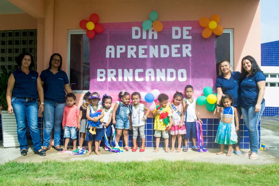 Escolas e creches municipais realizam atividades em comemoração ao Dia de Aprender Brincando
