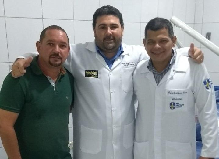 Vereador Quinho prestigia inauguração de Clínica Odontológica em Atalaia