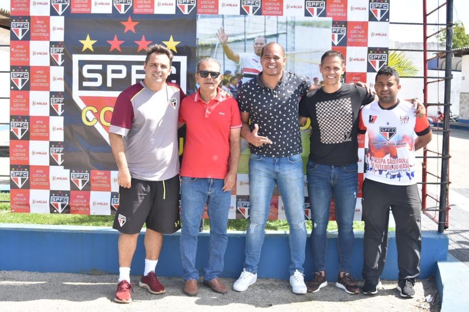 Prefeito Chico Vigário prestigia a I Copa São Paulo Sub 13 em Atalaia