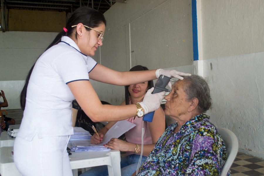 Prefeitura de Atalaia realiza mais uma etapa do m.utirão de atendimento oftalmológico gratuito