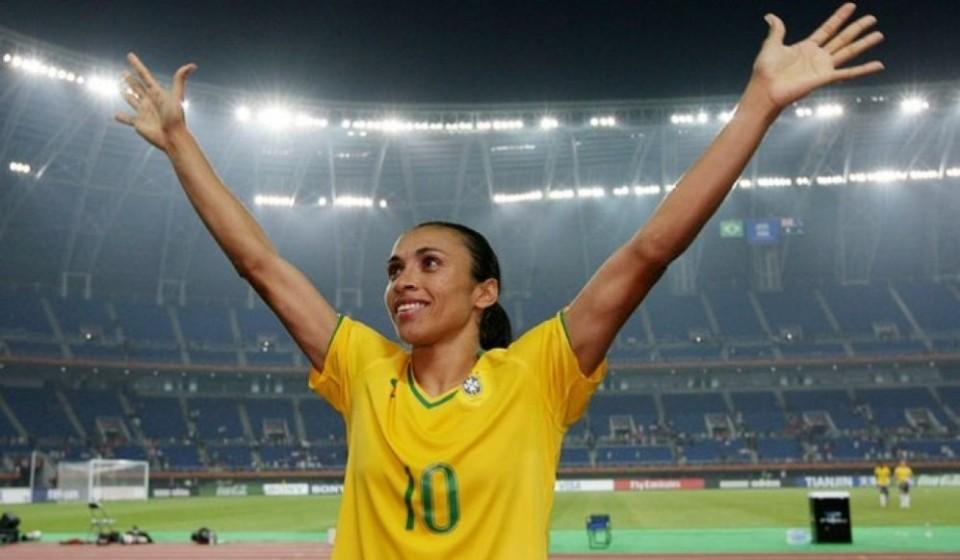 Ninguém chega aos pés da jogadora Marta Vieira da Silva