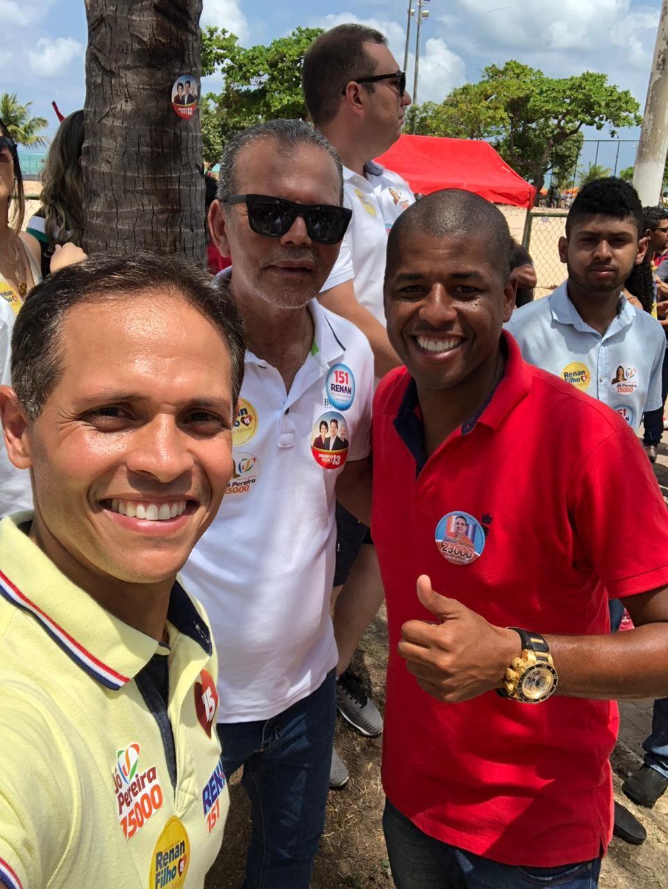 Chico Vigário participa de grande caminhada em apoio às candidaturas de Renan Filho, Renan Calheiros e Jó Pereira