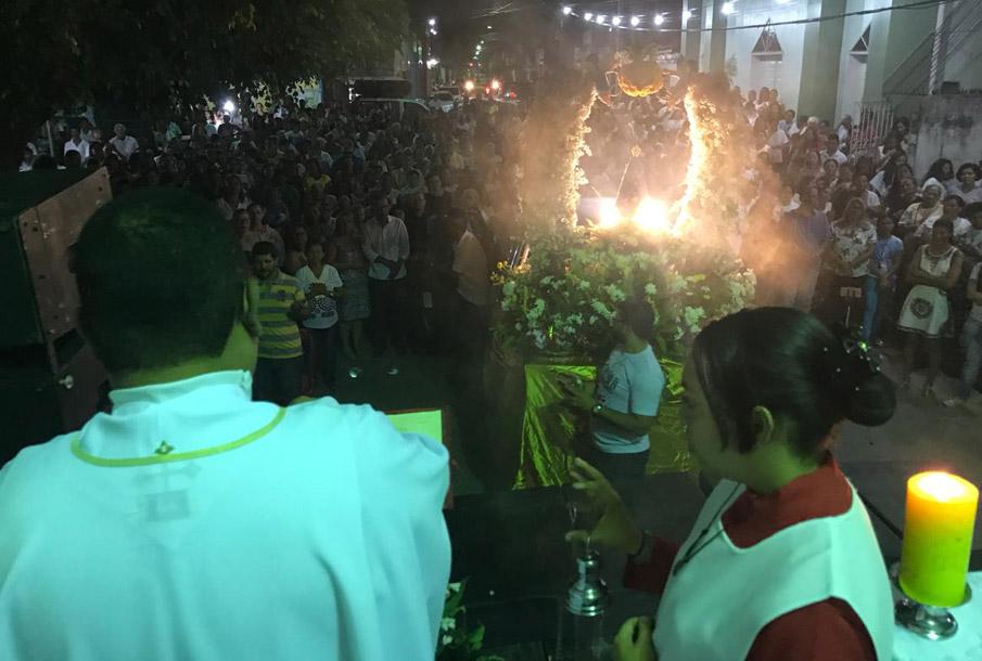 Procissão, Missa e Cavalhada encerram a Festa de Nossa Senhora Aparecida, em Atalaia