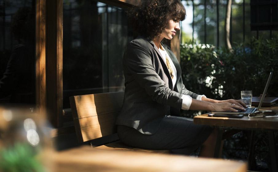 Desistência de buscar empregos é maior entre as mulheres