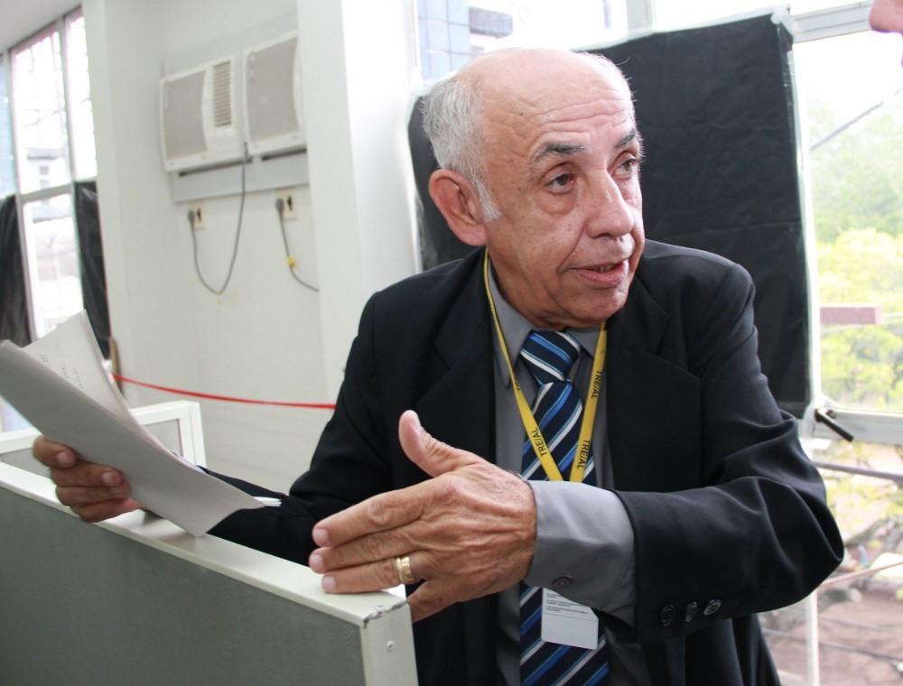 Jornalista Valmir Calheiros de Siqueira