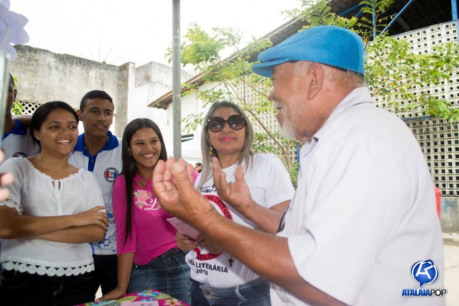 Poeta Cláudio Cardoso é um dos homenageados da I Feira Literária da Escola Floriano Peixoto