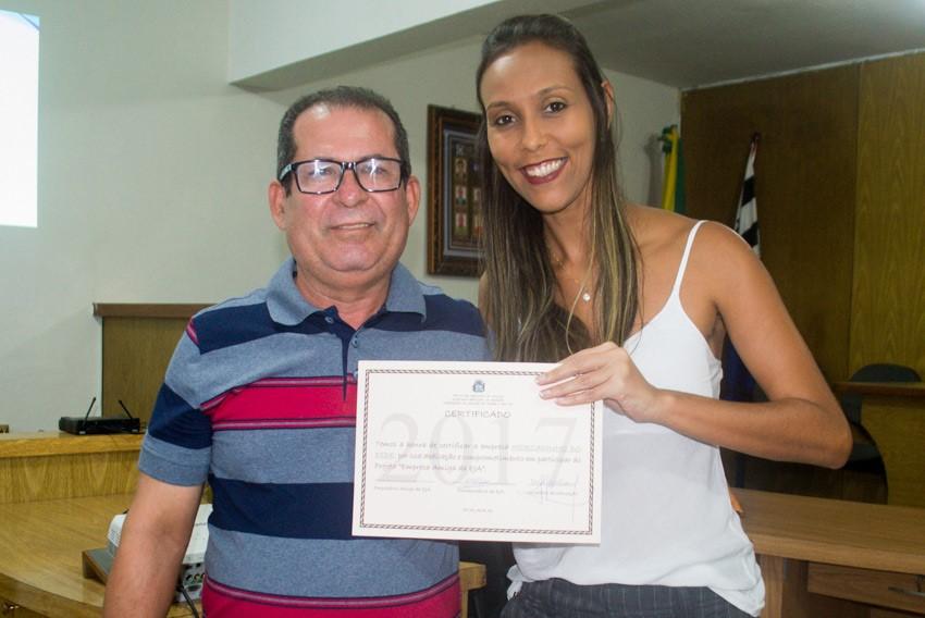 Empresários locais acompanham apresentação de projetos da Educação de Jovens e Adultos em Atalaia