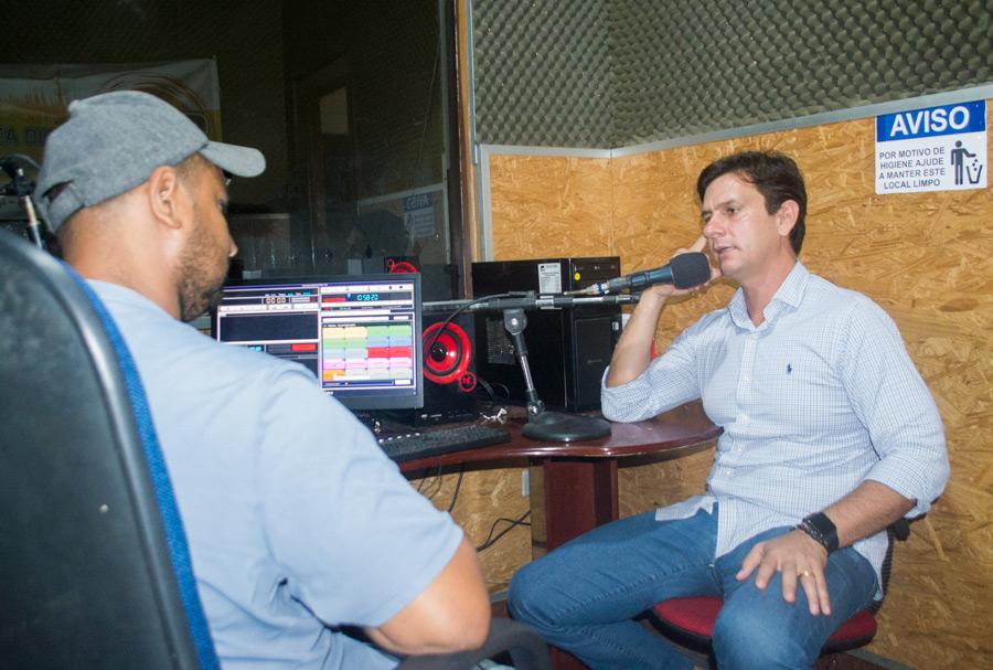 Marcelo Beltrão concedeu entrevista ao radialista Ricardo (Grilo), na Rádio Atalaia FM.