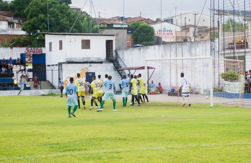 Jogos de ida das quartas de final abrem a fase eliminatória do Atalaiense de Futebol Amador
