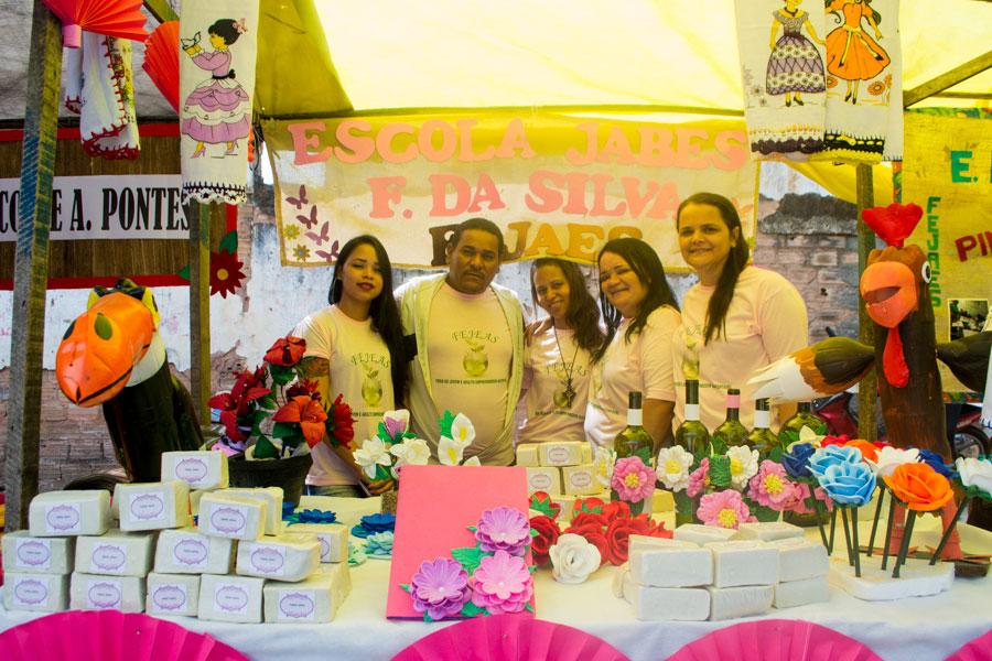 III FEJAES expõe produtos sustentáveis produzidos por alunos da EJA em Atalaia