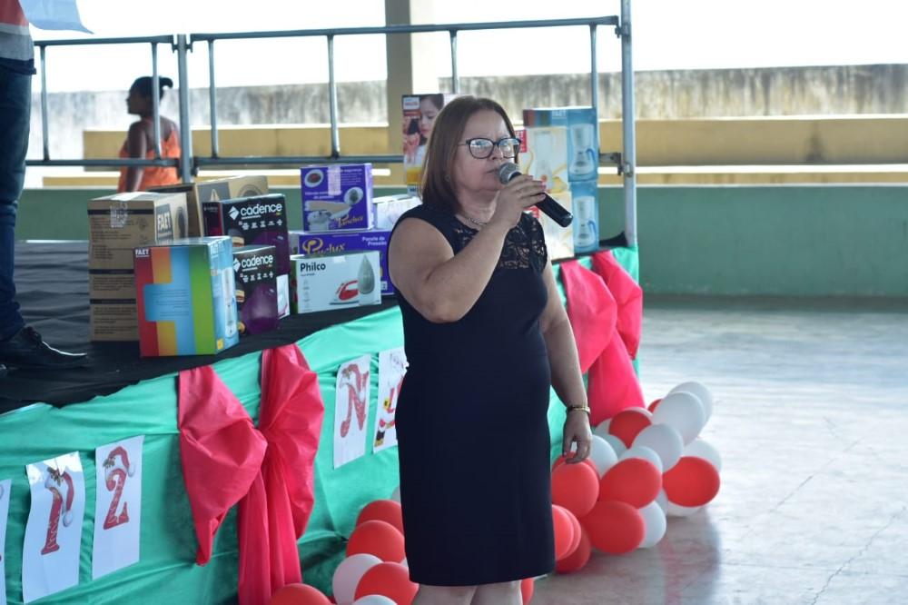 Comunidade do Deus É Fiel ganha linda festa de Natal organizada pela Prefeitura de Atalaia