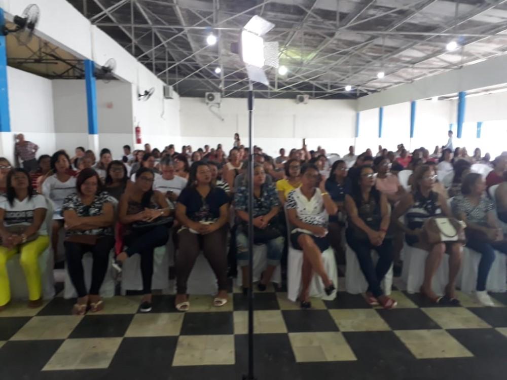 Vereadora Janaína do Cal faz balanço positivo de seu trabalho legislativo e social no ano de 2018