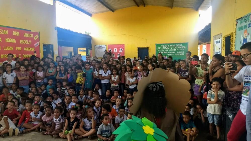 Escolas da rede municipal socializam ações do Projeto: Atalaia nos Caminhos da Leitura