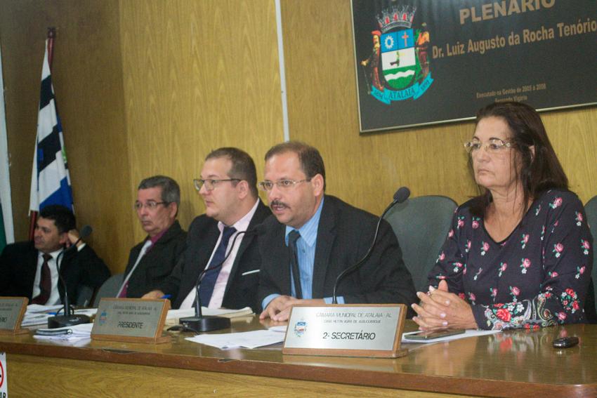 Sessão da Câmara Municipal de Atalaia dia 18 de dezembro de 2018