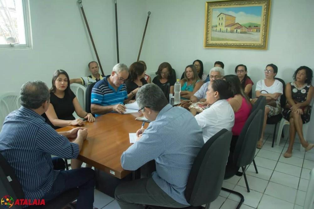 Precatórios e FUNDEB foram alguns dos temas da reunião entre Prefeitura e SEATA