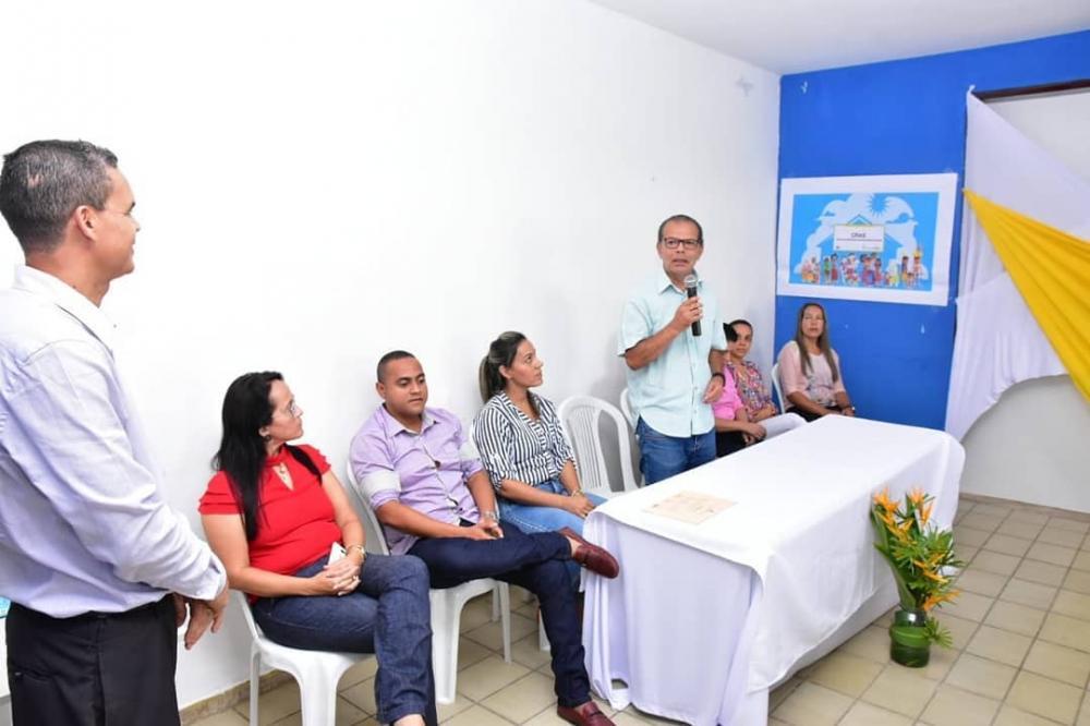 Prefeito empossa novos membros do Conselho Municipal dos Direitos da Criança e do Adolescente de Atalaia