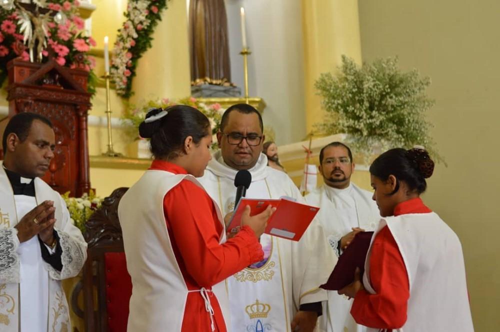 Fiéis celebram Nossa Senhora das Brotas no encerramento da Festa em homenagem a Padroeira de Atalaia