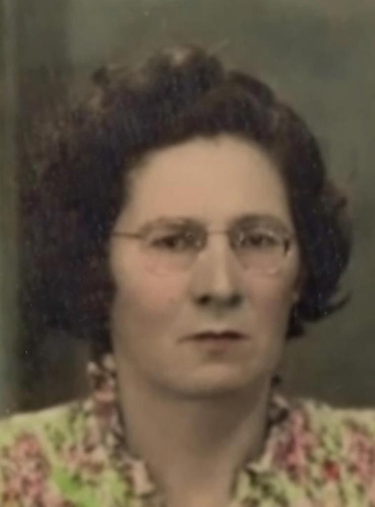Maria Tenório é filha do ex-Intendente (prefeito) de Atalaia, João Evangelista da Costa Tenório.