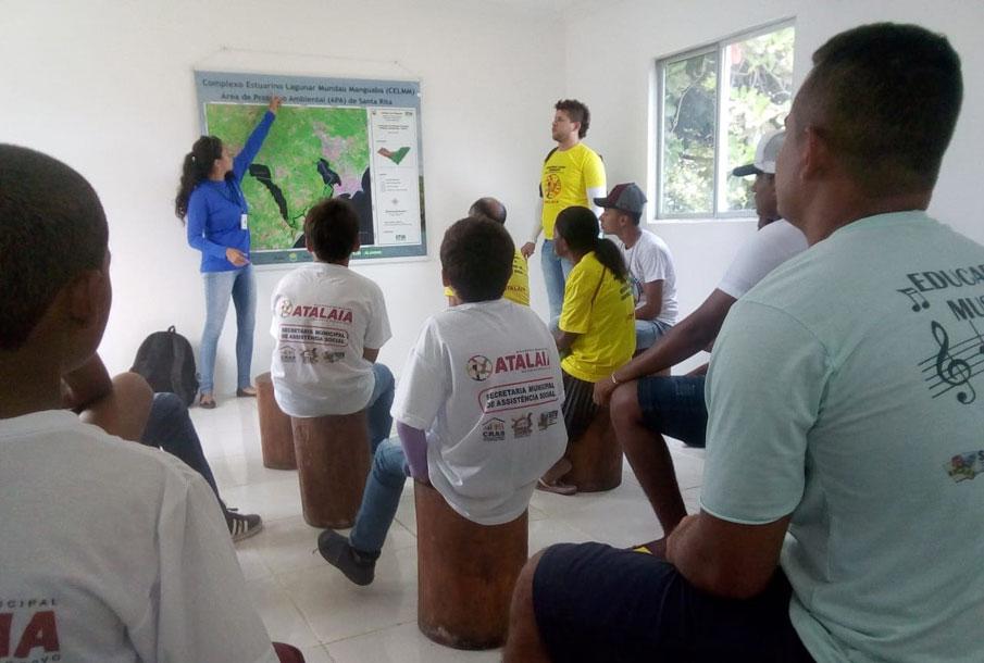 Alunos de Atalaia participam do Projeto Navegando com o Meio Ambiente