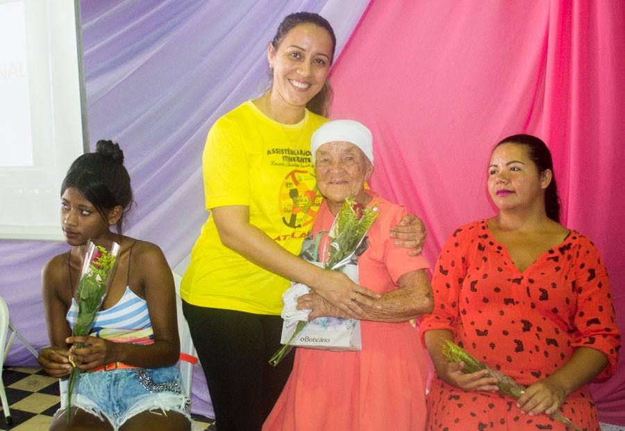 Em culminância as ações de março, Prefeitura de Atalaia realiza linda festa em homenagem às mulheres