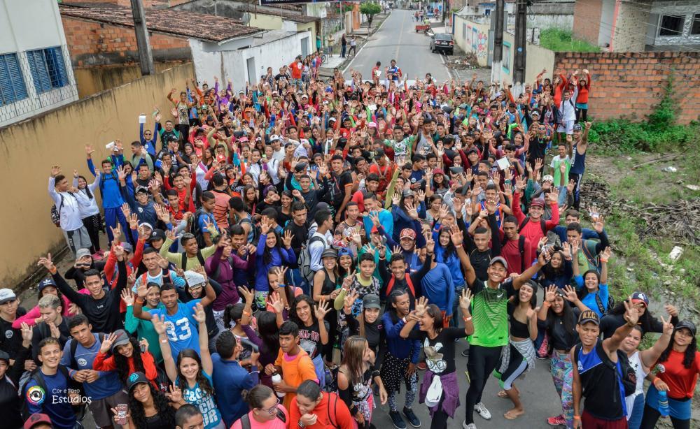 Trekking marca o aniversário de 83 anos da Escola Estadual Floriano Peixoto