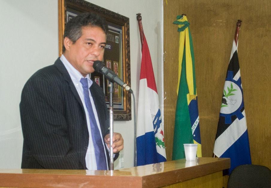 1º suplente, Cicinho toma posse como vereador, após licença solicitada pela vereadora Camyla Brasil