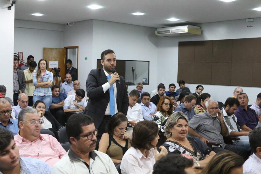 Procurador do município, Dr. Márcio Júnior, participou da reunião na AMA, de apresentação do programa.