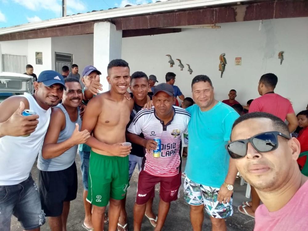Vereador Toni Barros participa da festa de 14 anos do Vira Copos