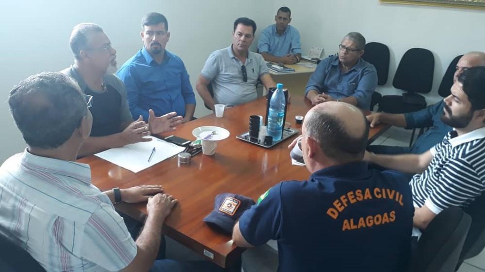 Empresa estuda a instalação de Usina de Beneficiamento dos Resíduos Sólidos em Atalaia