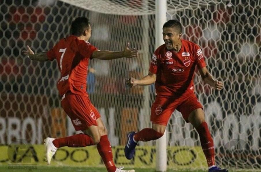 Com gol de Neto Moura, Vila Nova derrota o Botafogo-SP e conquista sua primeira vitória na Série B