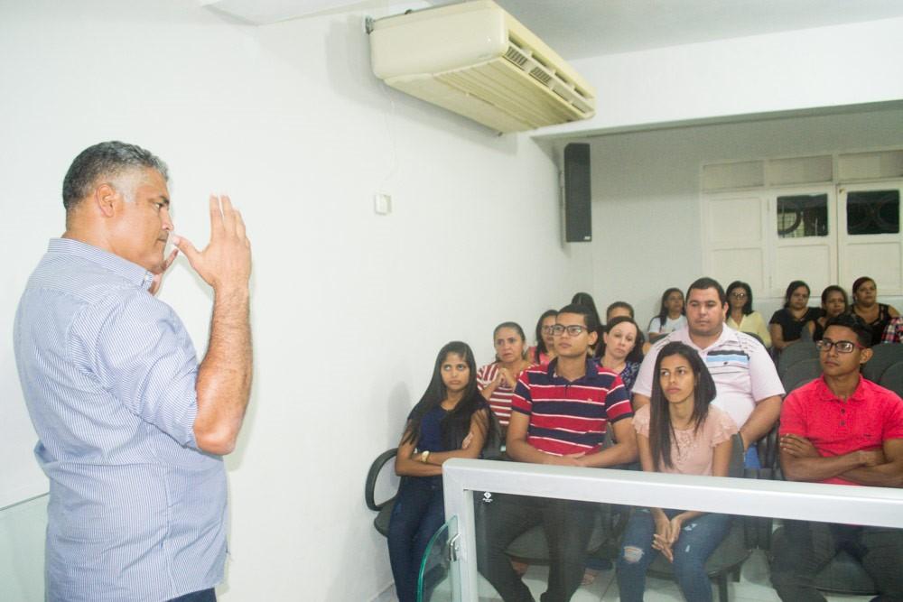 Prefeitura de Atalaia inicia novas turmas do curso de Capacitação em Libras