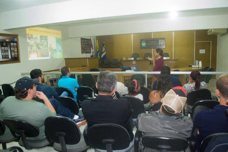 Evento contou com a participação de um bom público.