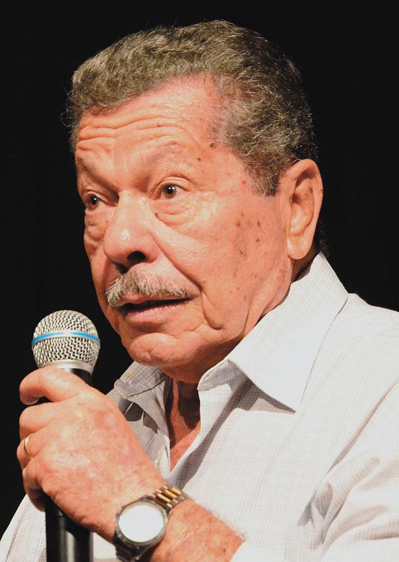 Poeta e Escritor Tito Cavalcante de Alencar.