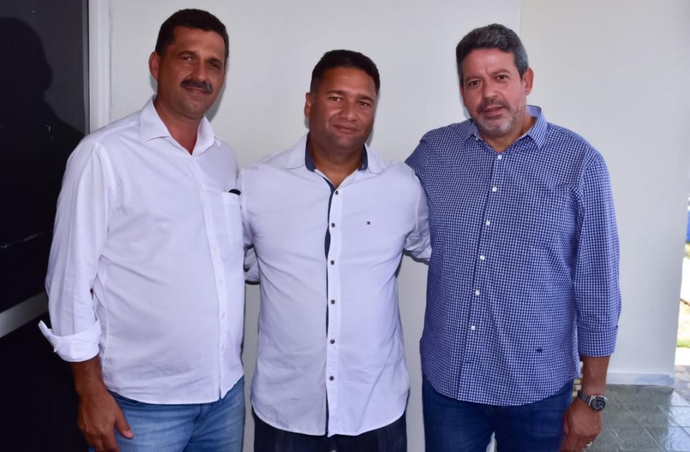 Toni Barros esteve reunido com o superintendente da CODEVASF, Marlan Ferreira e com o deputado federal Arthur Lira.