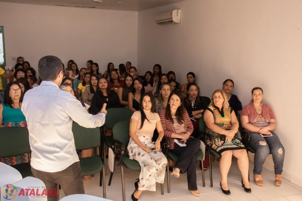Cerimônia de Formatura das turmas iniciais do Programa de Geração de Renda em Atalaia