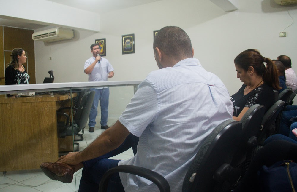 Chico Vigário assina Termo de Adesão de Atalaia ao Programa Cidade Empreendedora