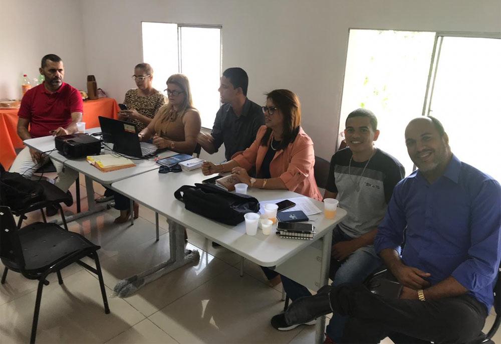 Secretário de Planejamento e Desenvolvimento Neilton Paz, participa de reunião em Rio Largo. Foto: Prefeitura de Coqueiro Seco.